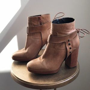 Free People Palomar high heel nude rose booties